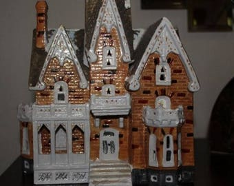 Snowhouse Christmas Village Mansion