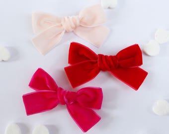 Valentine Velvet School Girl Hair Bow Hair Clip Set // Holiday Bows // Velvet Hair Bow // Baby Girl Basics