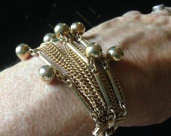 Bracelet - Costume Jewelry - Vintage - Gold Tone
