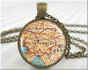 Slovenia Map Pendant, Resin Charm, Slovenia Old Map Necklace, Picture Pendant, Round Bronze, Gift Under 20, Travel Gift 631RB