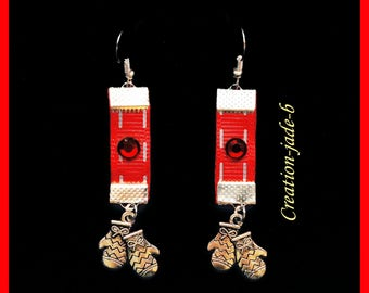 Earrings dangle red gloves - fantasy Christmas