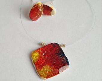 Murano and loop pendant
