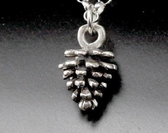 Collier en argent sterling pomme de pin, collier de cône de pin, botanique bijoux, bijoux nature, bijoux automne vacances classique, collier de bois