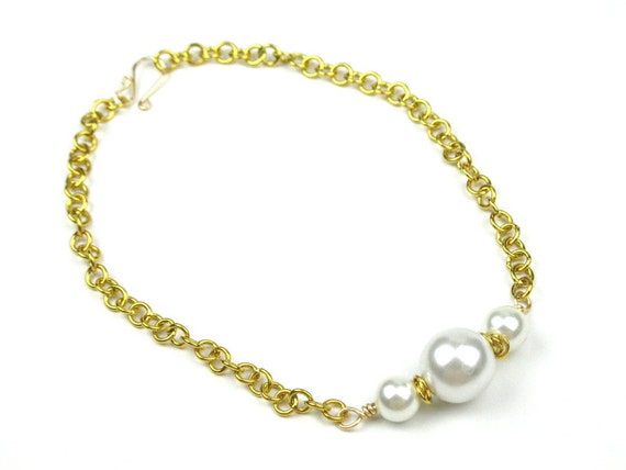 Pearl Statement Necklace with Chunky Gold Chain and White Faux Pearls, June Birthstone