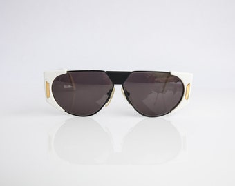 Ultra 9523 S Caviar Collection Made in Italy Unisex 63-19-135 Vintage Sunglasses White Black Metal NOS/Deadstock