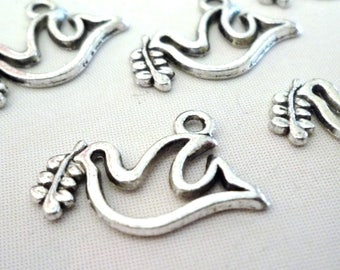 Set of 10 charms - bird with leaf - silver - 20x15mm