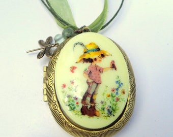 Large, Precious Moments, Vintage Cameo Locket, Ribbon Necklace, Extension Chain