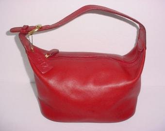 Vintage Coach Soho Hobo red  Leather Shoulder hand Bag .