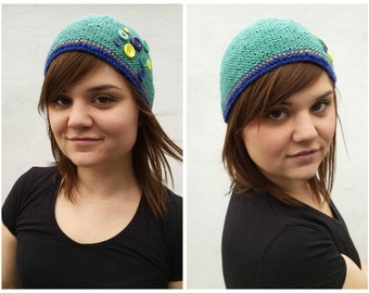 Green wool hat with buttons, OOAK, wool hat, knit wool hat, green knit hat, hat with buttons, knit hat, simple knit hat, knitted buttons