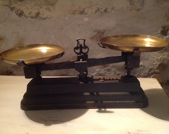 """Vintage French Balance Scale. Antique French Kitchen Decor in Cast Iron With Rich Aged Authentic  Patina with Trays. """"Force"""" 5 kg  Scale"""