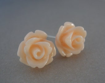 Peach Earrings, Soft Peach, Light Peach, Peach Jewelry, Wedding, Rose Earrings, Flower Earrings, Bridesmaid Earrings, Bridesmaid Gifts