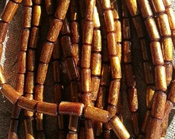 Perles de corail dorés Q - 4 à 6 x 16 à 18 mm