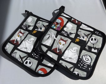 Nightmare Before Christmas  Pot Holders -Set of 2  Disney Lock  Shock  and Barrel