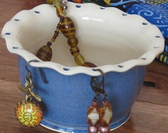 Earring Bowl, Jewelry Bowl , Blue and White, Ready to Ship, Free Gift packaging