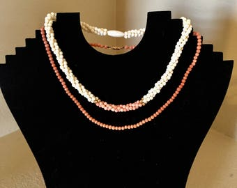 One Vintage Genuine Natural Coral beaded necklace