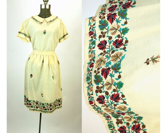 1950s skirt and top in cream wool with crewel work embroidery chain stitch burgundy teal brown Size S/M