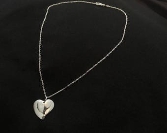 Set of hearts pendant necklace