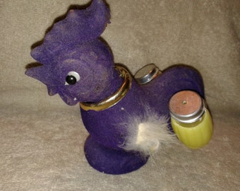 Vintage Purple Chicken Holding Salt and Pepper Shakers
