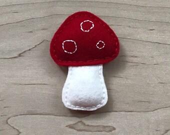 Red Toadstool Catnip Toy, 100% Wool Felt Cat Nip Teaser