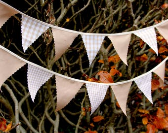 Mini Bunting in Biege and Coffee Cream Gingham Perfect for weddings, Baby Showers bedrooms photo shoots, choose your own length from 1 metre