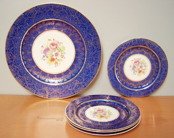 Vintage Warranted Gold Set of Plates – 1 Serving Plate, 4 Small Dessert Plates – 22KT Royal Blue with Floral Design – Made in USA