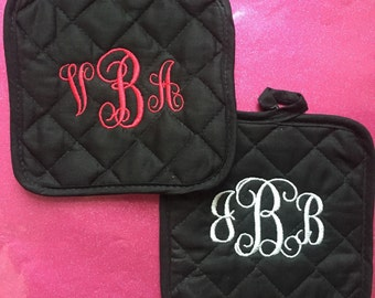 Monogrammed Pot Holder Personalized Embroidered Oven Mitt Hot Pad