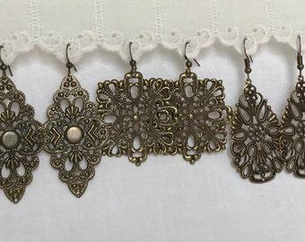 Antique bronze earrings, antique bronze dangle earrings, antique bronze filigree earrings, filigree dangle earrings, lightweight earrings