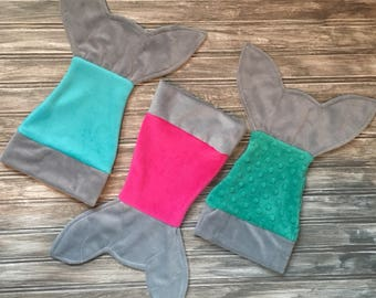 Mermaid tail for Hug Monster (Monstre à câlins), mermaid blanket for small doll. Fun accessories for plushies and dolls