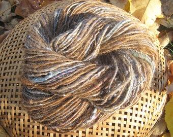 Fawn Alpaca Yarn Handspun Grayish-blue Silk and Jacob Wool Heavy Worsted Thick and Thin 108-Yards 3.60-oz My Farm Knit Crochet Weave