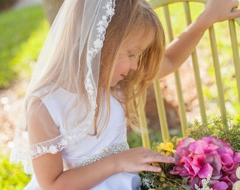 First Communion Veil w 3-D lLace Trim