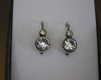 Victorian Silver(750) Earring with White Sapphires