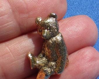 Retro Teddy Bear Metal Lapel Pin