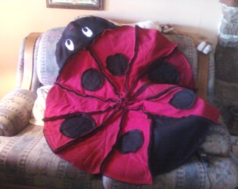 Lady Bug Fleece Rag Quilt