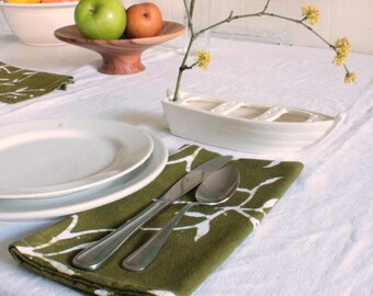 olive green vines napkins