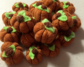 5 Little Orange Wool Felted Pumpkin