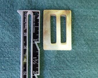 Mère de perle coulissante ou boucle rectangulaire