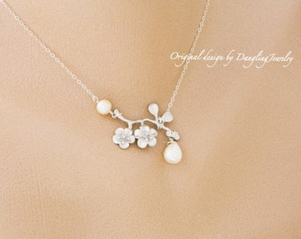 Cherry Blossom Necklace, Pearl Pendant Necklace, Maid of Honor Gift, Mother, for Her, Daughter Necklace, Bridesmaid Gift, Silver, Gold fill