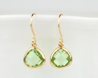 Tiny Peridot Gold Earrings, August Birthstone Gold Earrings, Green Gold Earrings, Peridot Earrings, Bridesmaid Earrings