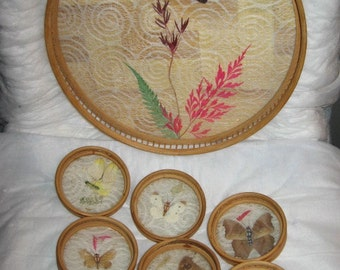 BUTTERFLY SERVING TRAY and Coasters Wicker Bamboo epsteam Dried Dyed Flowers Plants Leaves Vintage