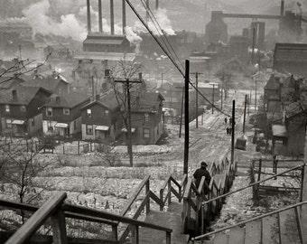 Fotografia di Arthur Rothstein Mill quartiere Pittsburgh 1940 per FSA