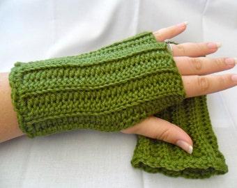 Green Wool Fingerless Gloves - Green Wool Wrist Warmers - Green Wool Texting Gloves - Green Wool Gauntlets - Green Texting Gloves