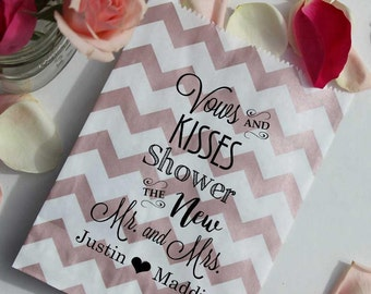Wedding Petal Toss Bag - Vows and Kisses Shower the New Mr. and Mrs. - Metallic Paper Favor Bags - 25 Bags