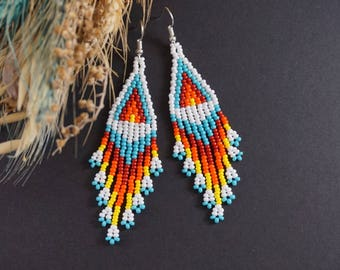 Boho earrings native american style White Chandelier earrings Native beaded earrings Dangle earrings Seed bead earrings bohemian jewelry