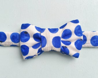 Blueberry Print Bow Tie for Cats