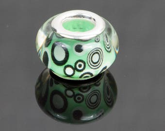5 European style acrylic beads transparent green background with spirals