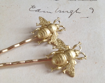 Gold bee hair pins - set of two - bee bobby pins - raw brass - woodland wedding - nature inspired - bridal jewellery