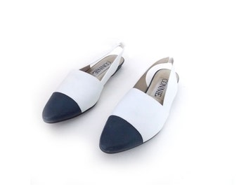 NAVY POINTE - White and Navy Vintage Slip On Flats | Size 8.5B | White and Navy Flats | Connie Flats | Nautical Flats | Pointed Toe Flats