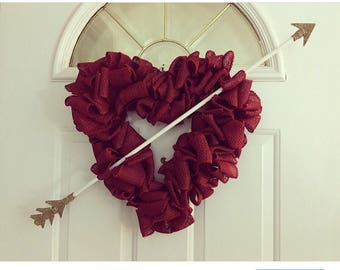 Valentines Day decor, Valentines day wreath, Front door wreath, Heart shaped wreath, Wreath for front door, Valentines Day, Burlap Wreath