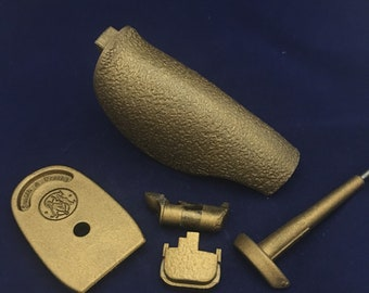 M&P package - size small, gold