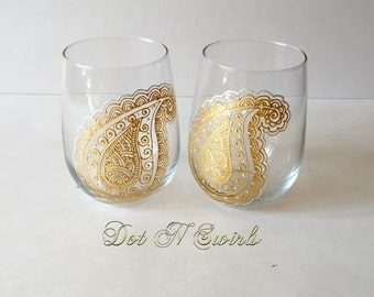 Stemless wine glass set designed with henna paisley/ gold and pearl-white color henna/ unique/ dishwasher safe/ perfect for entertaining